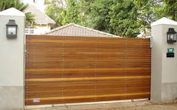 Choosing the perfect wooden gates