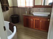 R200 an hour special Pietermaritzburg CBD Builders & Building Contractors 4 _small