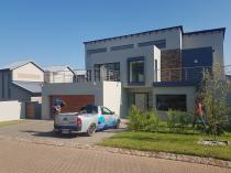 Waterproofing & roof repairs Randburg CBD Roof water proofing _small