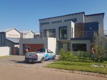 Pvc ceiling & ceiling repairs Randburg CBD Roof water proofing 2 _small