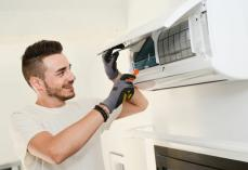 SERVICING R300 REGAS R350 Phoenix Central Air Conditioning Repairs and Maintenance 3 _small