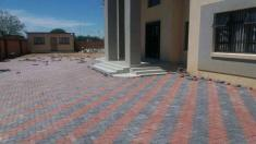 Paving Pretoria North Builders & Building Contractors _small