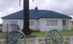 thatch roof tiles - R76 ex VAT per tile Silver Lakes Building Supplies & Materials 4 _small