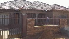 Discounts Centurion Central Roofing Contractors _small