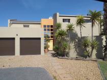 20% Discount on Your Painting Quotation Randburg CBD Roof Repairs & Maintenance _small