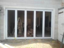 Aluminium stack doors or Vista folding doors specials Cape Town Central Aluminium Doors 3 _small