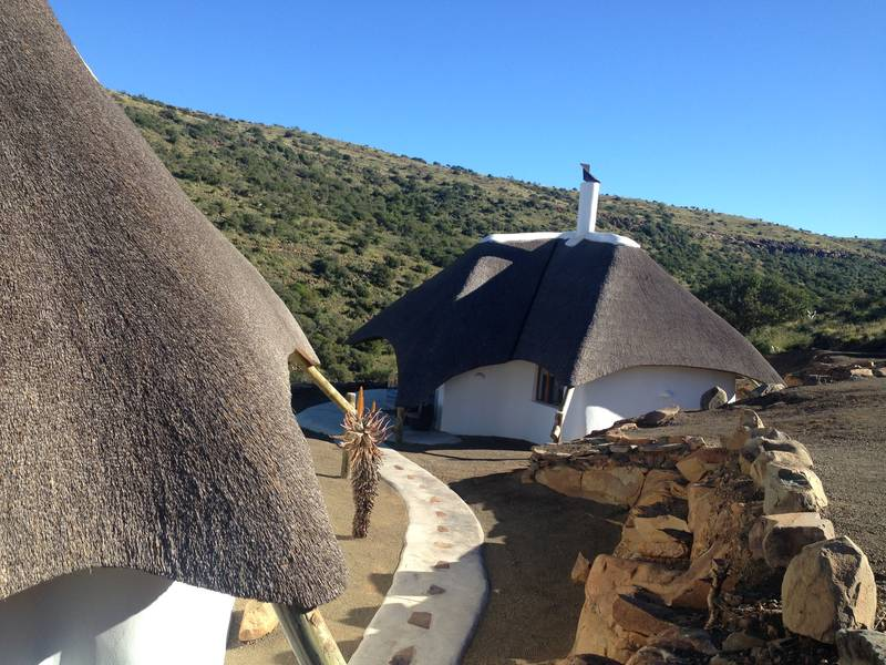 Side by Side Safari Lodge thatched by Cintsa Thatching