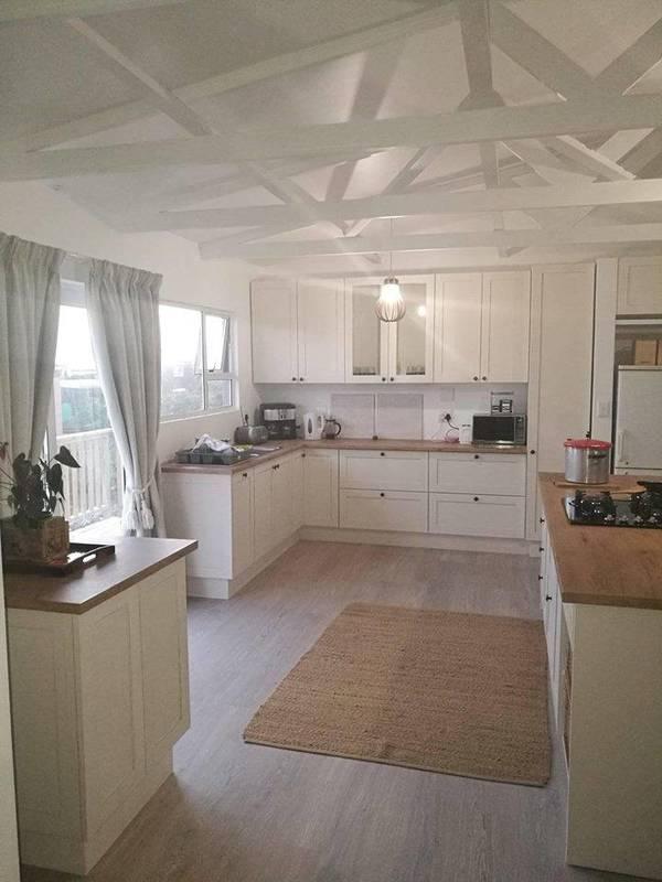 Supreme Kitchens & Cupboards - Kitchen Companies - Homeimprovement4U