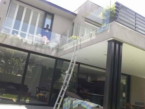 Our balustrades comes in either framed or frameless