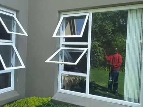10 % Discount on all Aluminium windows Cosmo City Aluminium Windows _small
