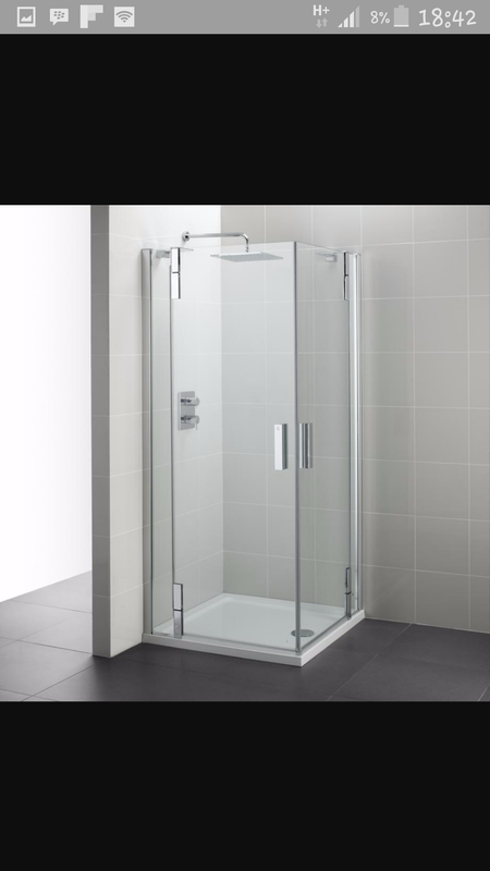 Frameless showers with pivot doors
