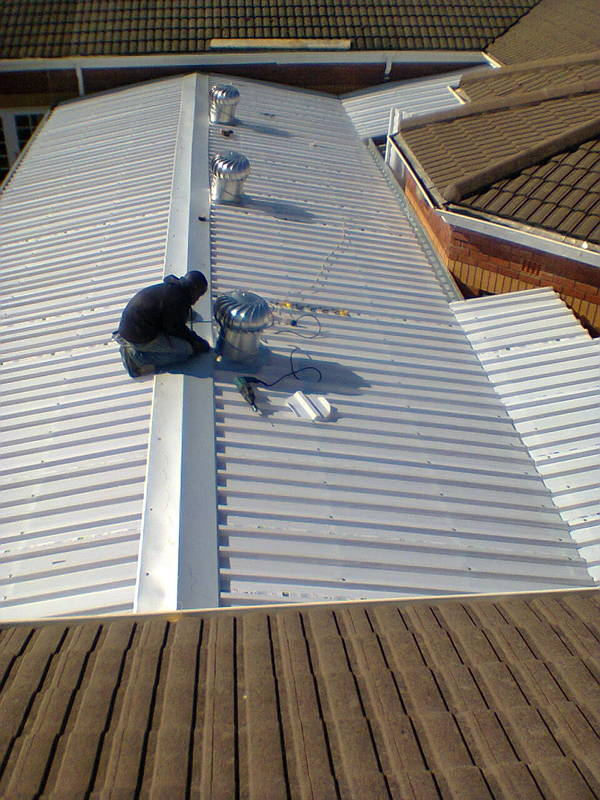 Roofing contractor cape town southern suburbs