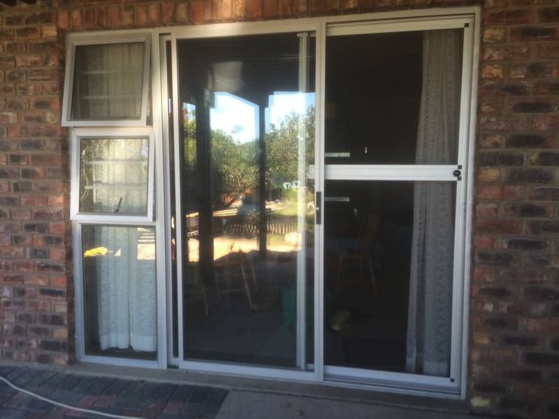 OX FLY SCREEN DOOR