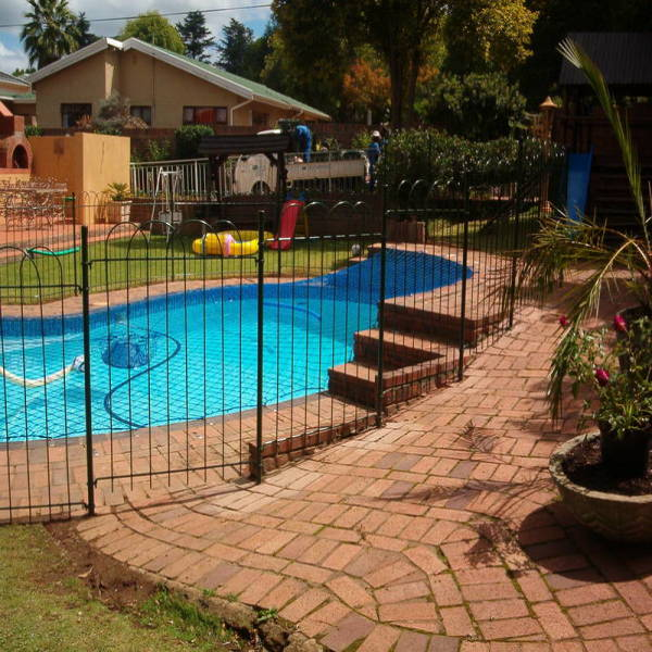Winter discounts. Westmead Pool Fencing _small