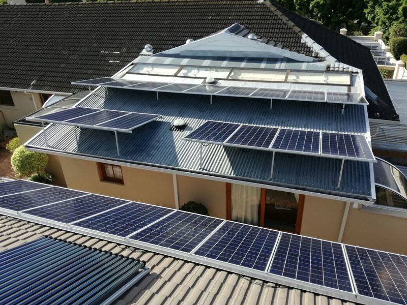 Le Bonheur guesthouse - Constantia : 12kwp 325w Canadian Solar panels + 2x 3phase 10kw Infinisolar hybrid inverters + 16x 12v 200ah Gel deep cycle batteries