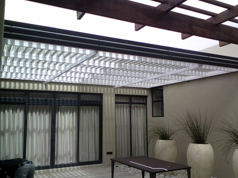 Aluminium Adjustable Louvre Awning