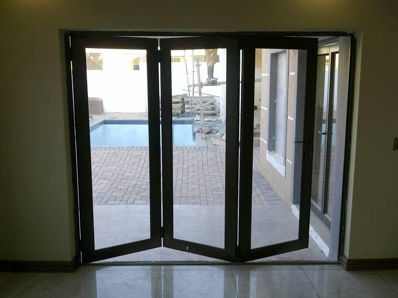 3 panel folding door