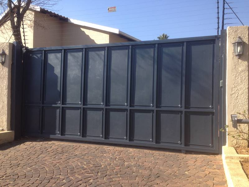 Sliding Driveway Gate Closed Panels