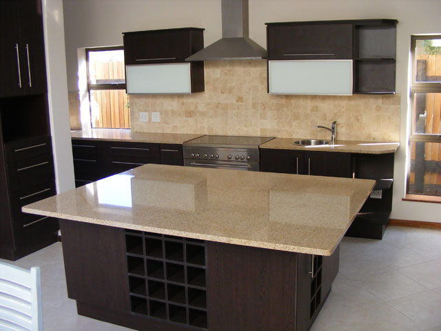 Kitchen cupboards & counter top