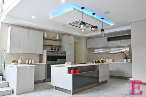 Decorex Joburg 2020 Garsfontein Kitchen Cupboards & Countertops _small
