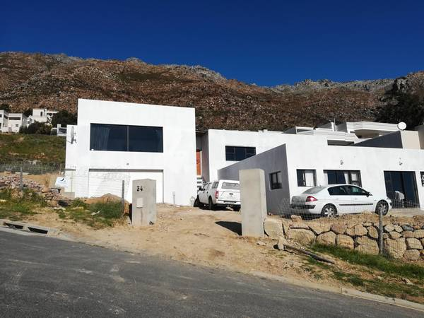R 6000 - R 8000 per/m2 NHBRC buildiing contractors Gordons Bay Central Builders & Building Contractors _small