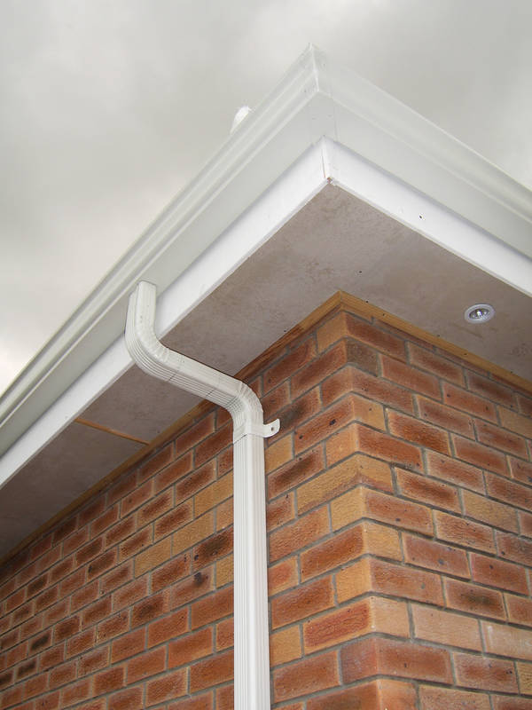 125 x 85 Ogee gutter with 75 x 50 aluminium pipe