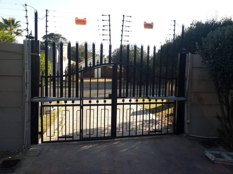 Electric Fence Repair