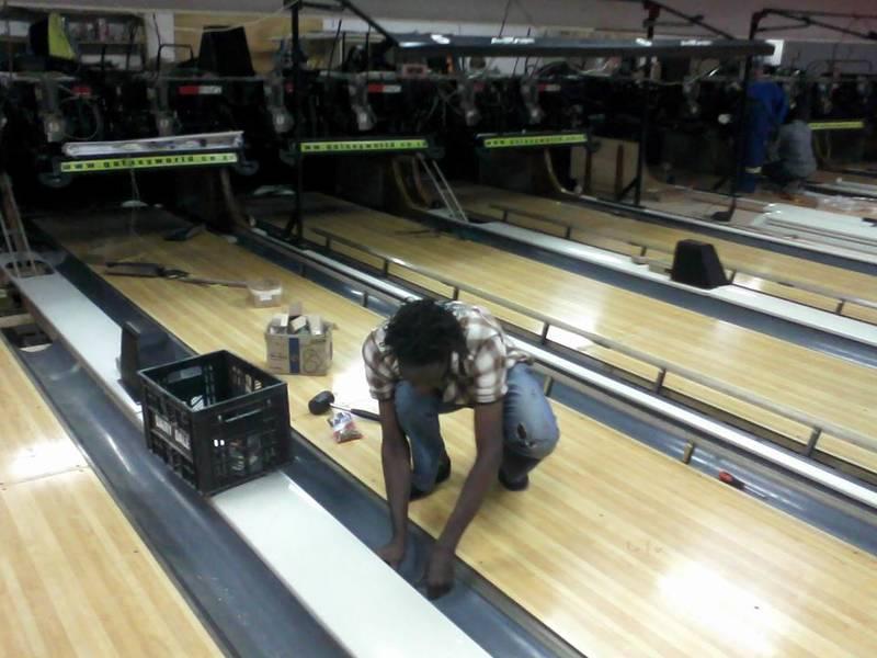 installing Bowling floors